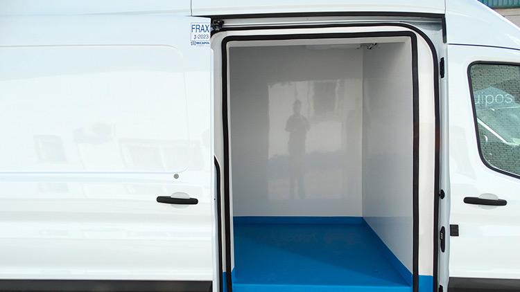 Isotermos-recapol-ford-Transit-02