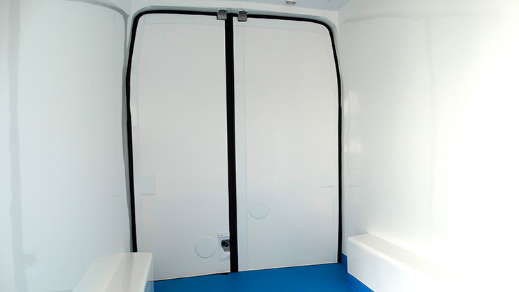 Isotermos-recapol-ford-Transit-03