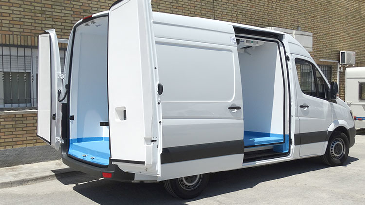 Isotermo para vehiculo Sprinter Recapol
